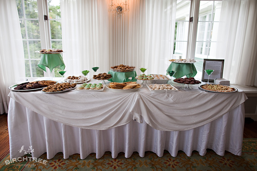 cookie table at wedding
