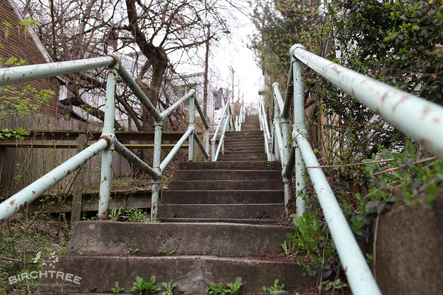https://www.birchtreephotographyblog.com/wp-content/uploads/2011/04/south-side-slopes-pittsburgh-stairs003.jpg